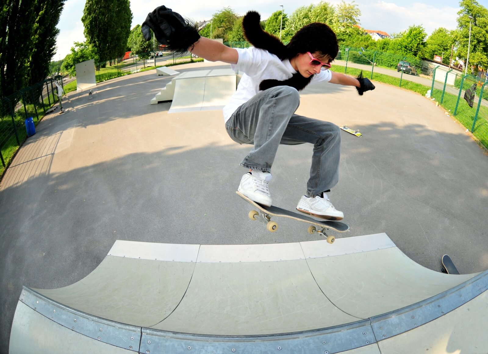 Learn How to Skateboard - ThrillSpire