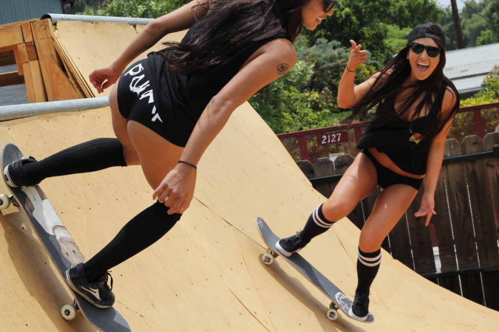 Girls skating xxx girls videos — photo 1